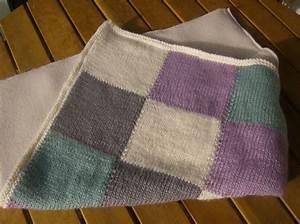 Petite Couverture Bébé : tuto de la petite couverture mes petites mains ~ Teatrodelosmanantiales.com Idées de Décoration