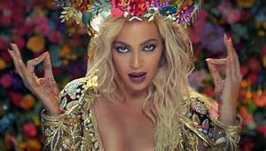Beyonce channels Bollywood in Coldplay's music video - Photo 4