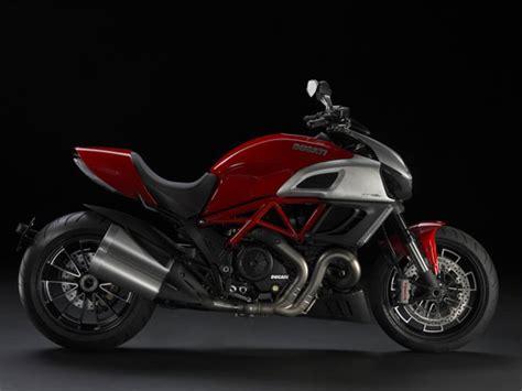 Gambar Motor Ducati Diavel by Modifikasi Motor Mobil Ducati Diavel 2011