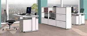 Schreibtisch Im Schrank Verstecken : wei en b ro regalschr nke als b roraumteiler ~ Markanthonyermac.com Haus und Dekorationen