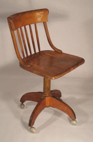 chaise de bureau en bois fauteuil bureau bois pivotant chaise roulante pour bureau