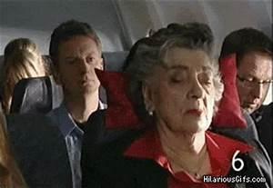 Take pillow, establish dominance | HilariousGifs.com