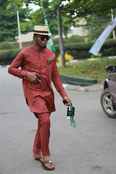 20 Cool Senator Style For Men Want To Look Dashing