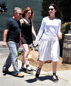 May Benben Pictures - Madeleine Stowe And Family Out For ...