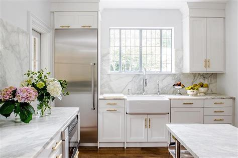 guide  white kitchen countertops tasting table