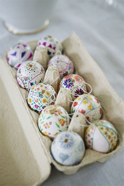 decorating easter eggs 48 awesome eggs decoration ideas for your easter table digsdigs