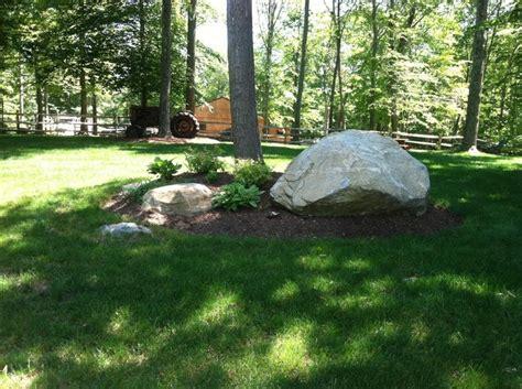 large landscaping boulders 25 best ideas about large landscaping rocks on pinterest gravel sizes front yard landscaping