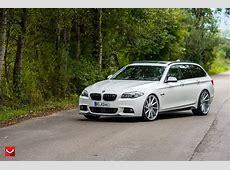 White BMW 5Series Touring Puts On 22