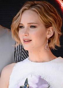 Top 18 Jennifer Lawrence Hairstyles Haircuts Inspire You