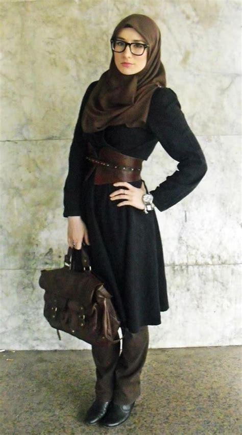16 Contoh Foto Hijab Modern Trendy Masa Kini