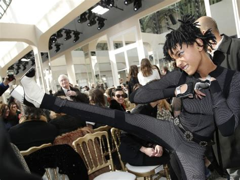 bureau 騁ag鑽e willow karl lagerfeld choisit willow smith comme nouvelle 233 g 233 rie