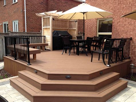Composite Decks Burlington, Oakville, Mississauga Ontario