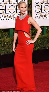 Jennifer Lawrence leads Golden Globes 2016 red carpet ...