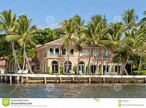 Maison En Bord De Mer : maison de luxe de bord de mer image stock image 16862527 ~ Preciouscoupons.com Idées de Décoration