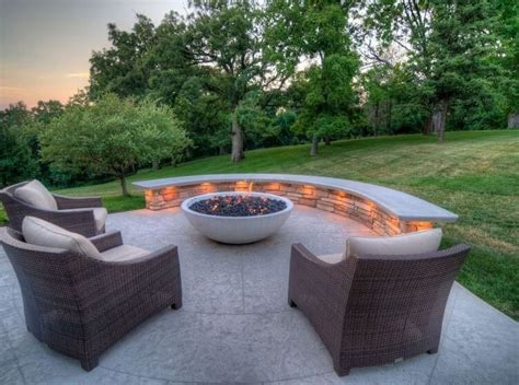 Maybe you would like to learn more about one of these? Fire Pits and Outdoor Fireplaces to Keep You Warm and Toasty in the Fall | Concrete patio ...