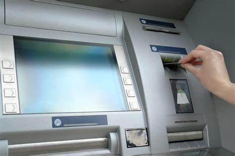 montant minimum assurance vie quel montant minimum peut on retirer au distributeur billet de banque