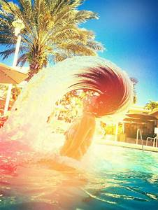 Hair In Water : 10 best ideas about water hair flip on pinterest photography photography and pictures ~ Frokenaadalensverden.com Haus und Dekorationen