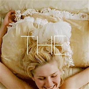 Kirsten Dunst GIF - Find & Share on GIPHY