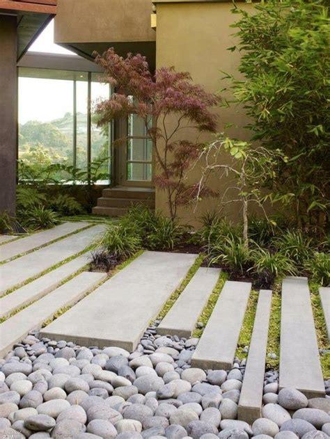 Gartengestaltung Gräser by Gartengestaltung Ideen Sch 246 Ner Gartenweg Mit Steinen Und