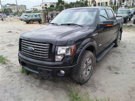 ford   xlt supercrew  wd  price nm