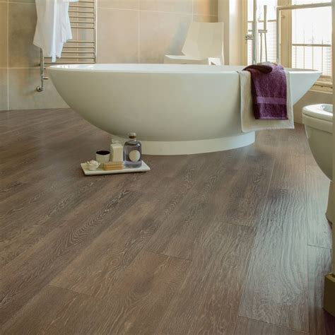 Bathroom Flooring Ideas Uk by Wood Effect Flooring 999 Bathrooms 999 Bathrooms