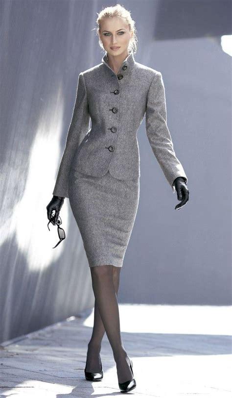 21 Elegant Trendy Classic Fashion  Modern Women's Suits
