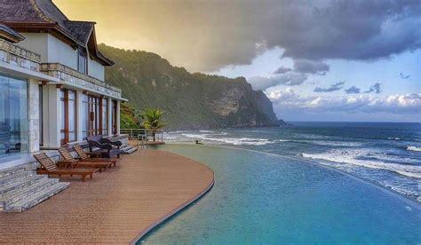 merasakan mewahnya resort ala kepulauan karibia  queen