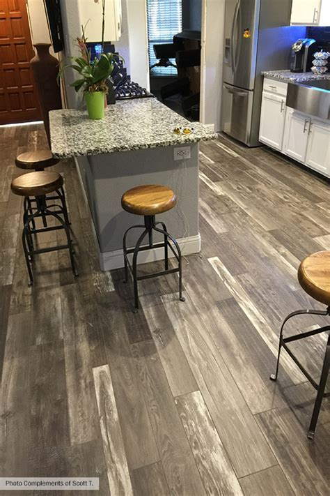 Armstrong Woodland Reclaim Old Original Barn Gray Laminate