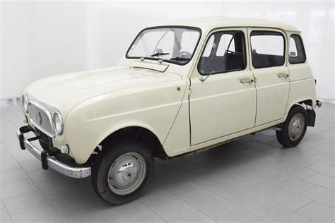 Renault R4 by Renault R4 Classicbid