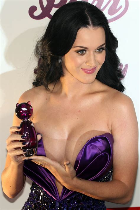 A New Life Hartz Russell Brand Katy Perry Sued For