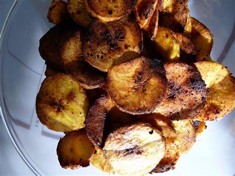 comment cuisiner des bananes plantain chips de banane plantain au piment d 39 espelette sans gluten by light by audrita l