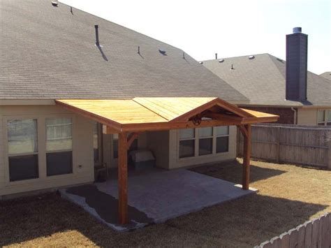 patio cover with starburst gable attached to fascia