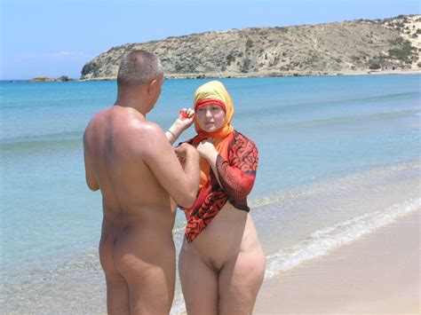 Nude Turkish Lady - Sexy Dance