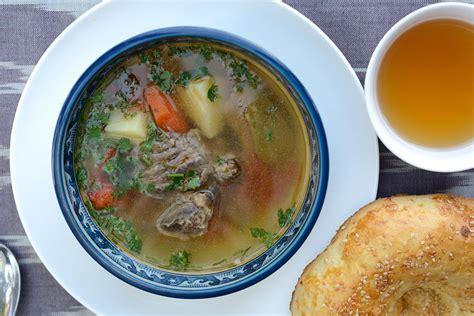 eat traditional uzbek food