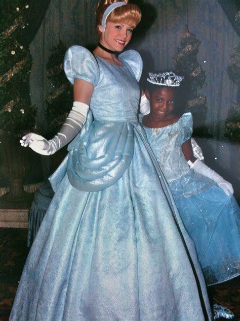eliza dushku wdw no black princesses allowed at walt disney world s