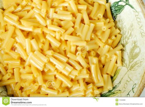 mac and cheese with spaghetti noodles macaroni and cheese pasta royalty free stock image image 1104006