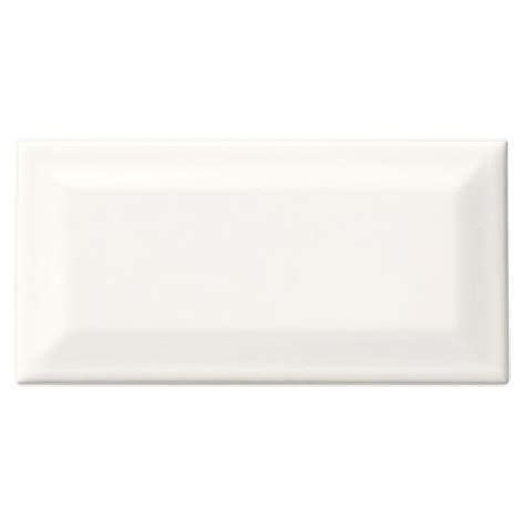 Rittenhouse Square Beveled Subway Tile by Daltile Rittenhouse Square White 3 In X 6 In Glazed