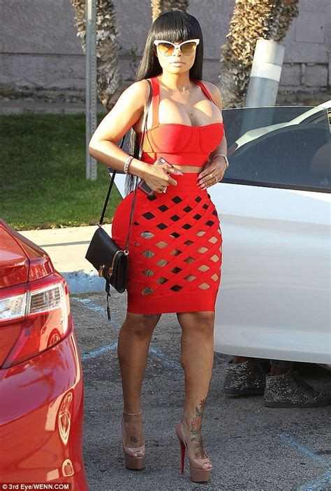 blac chyna shows off her curves in sexy red outfit