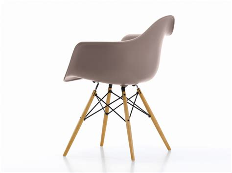 chaise daw charles eames buy the vitra daw eames plastic armchair yellowish maple