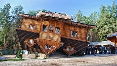 chambre sur pilotis les maisons à l 39 envers à travers le monde