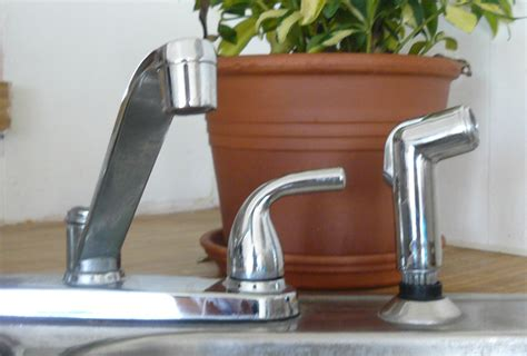 How To Fix Or Replace A Kitchen Sink Sprayer