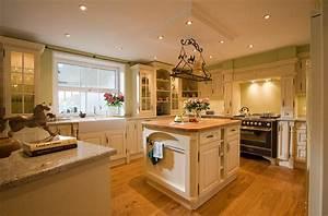 Kuche englischer landhausstil kuche englischer for Küche englischer landhausstil