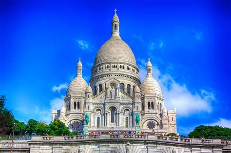 paris at christmas 2019 sacre coeur basilica montmartre paris france wallpapers9