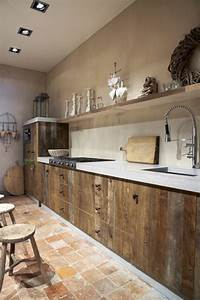 Pinterest Cuisine : la cuisine en bois massif en beaucoup de photos ~ Carolinahurricanesstore.com Idées de Décoration
