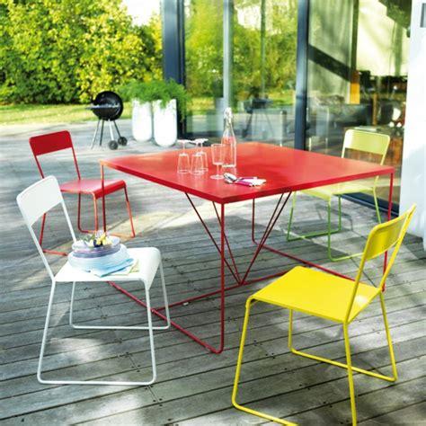 tisch f 252 r balkon 25 platzsparende designs f 252 r den outdoor bereich