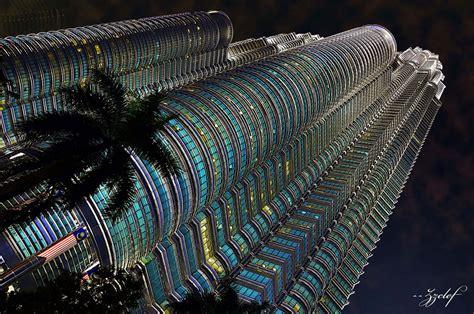 petronas twin towers pictures height kuala lumpur