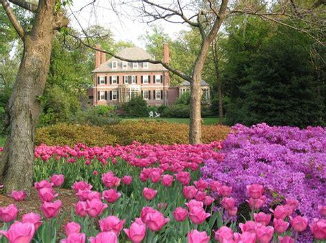 Sherwood Gardens  The Baltimore Chop