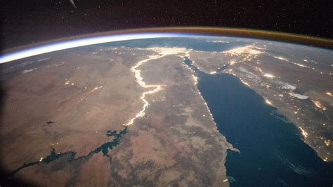 NASA's new image and video library offers stunning ...