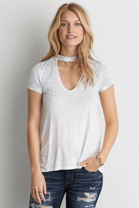 American Eagle Outfitters AE Choker T-Shirt | Casual ...
