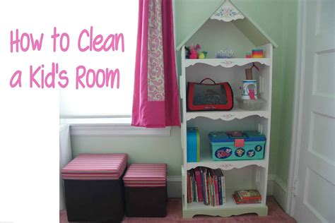 Cleaning A Kid's Room {organizing}